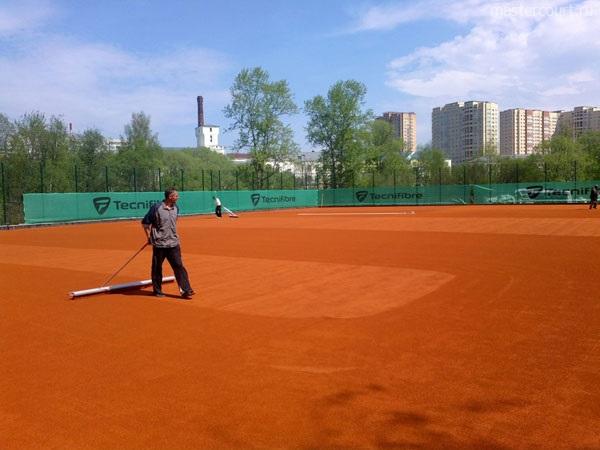 Подготовка теннисного корта после зимы, Мастеркорт