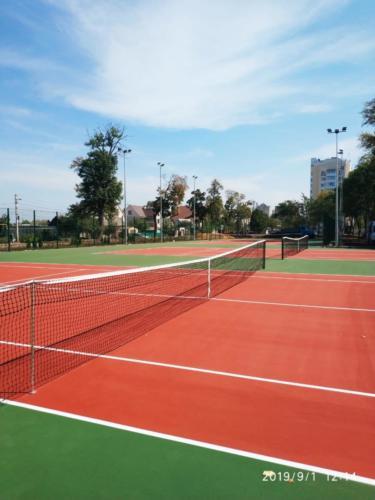 Липецк, 3 теннисных корта, хард