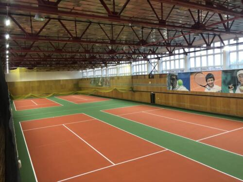 г. Санкт-Петербург, 4 теннисных корта, хард